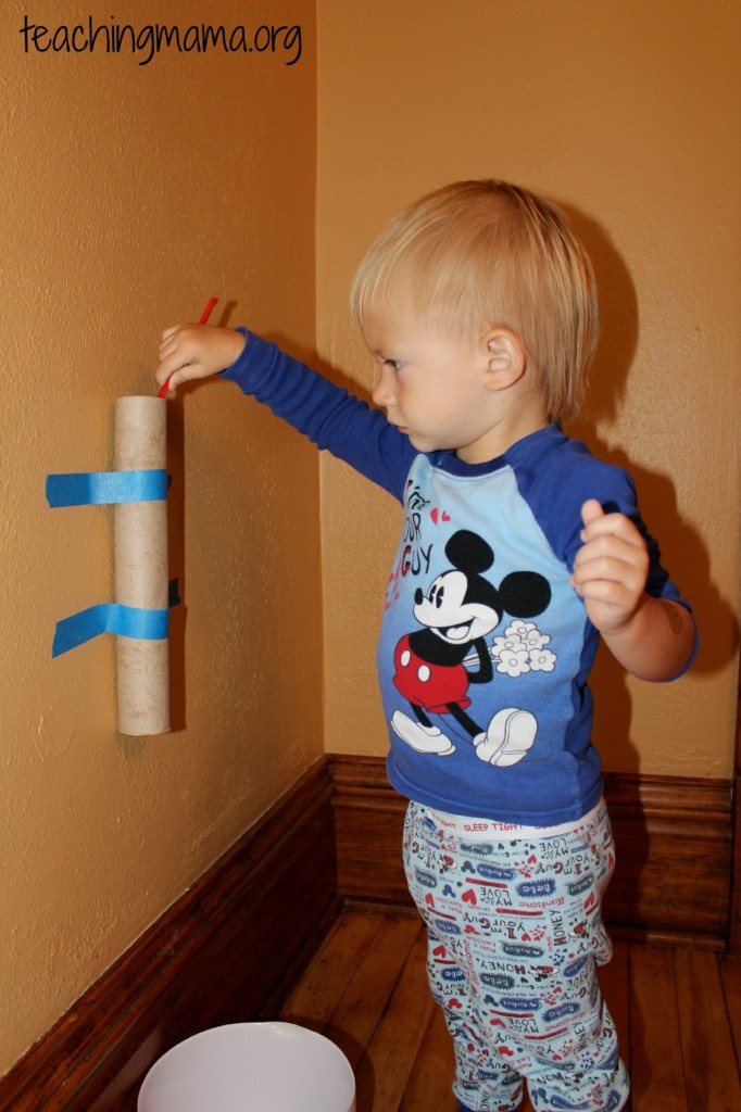 20 ways to keep toddlers busy for Cardboard activities for toddlers