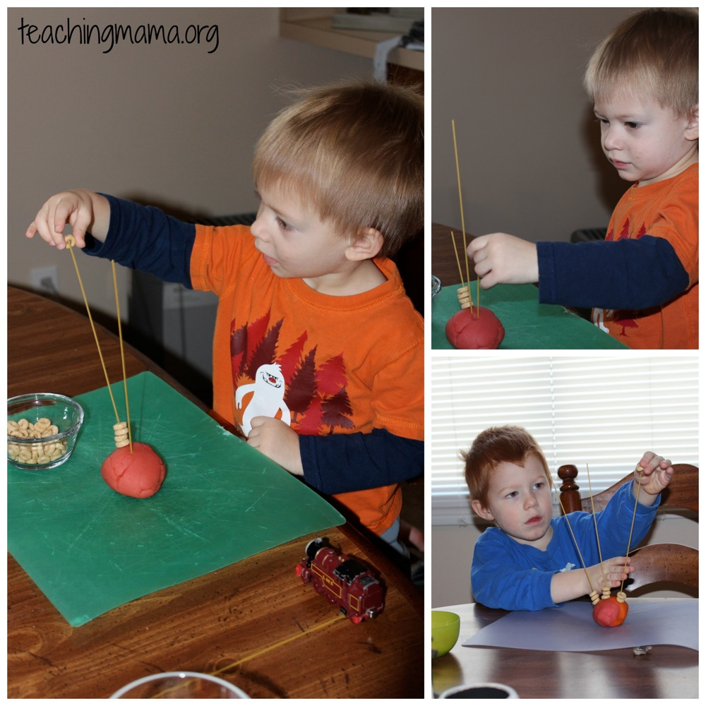 20 toddler activities for Small motor activities for infants