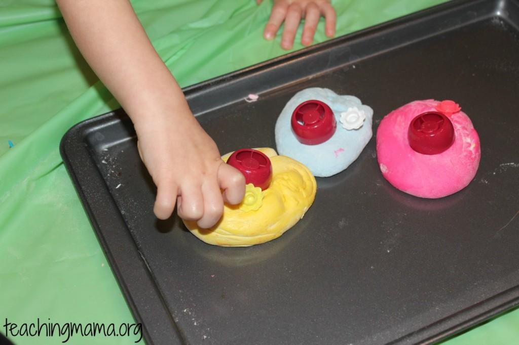 Marshmallow Dough