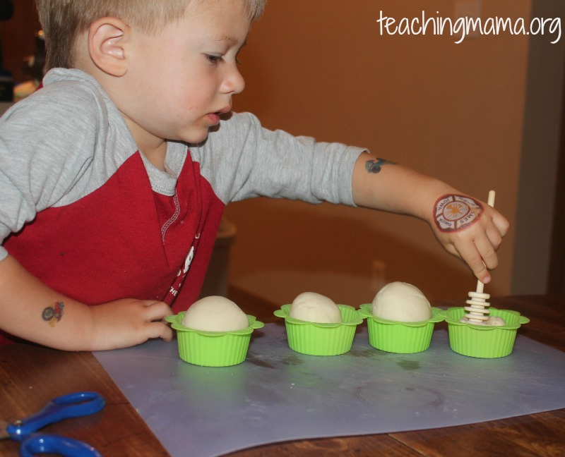 Honey Playdough Cupcakes
