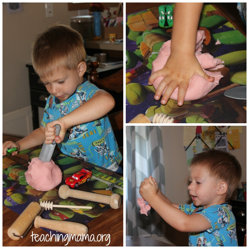 Playing with Bubble Gum Play Dough