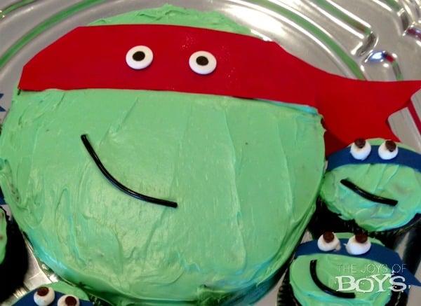 Ninja-turtle-cake