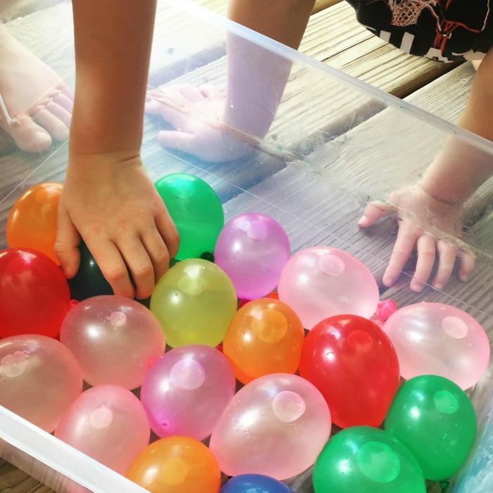 waterballoons