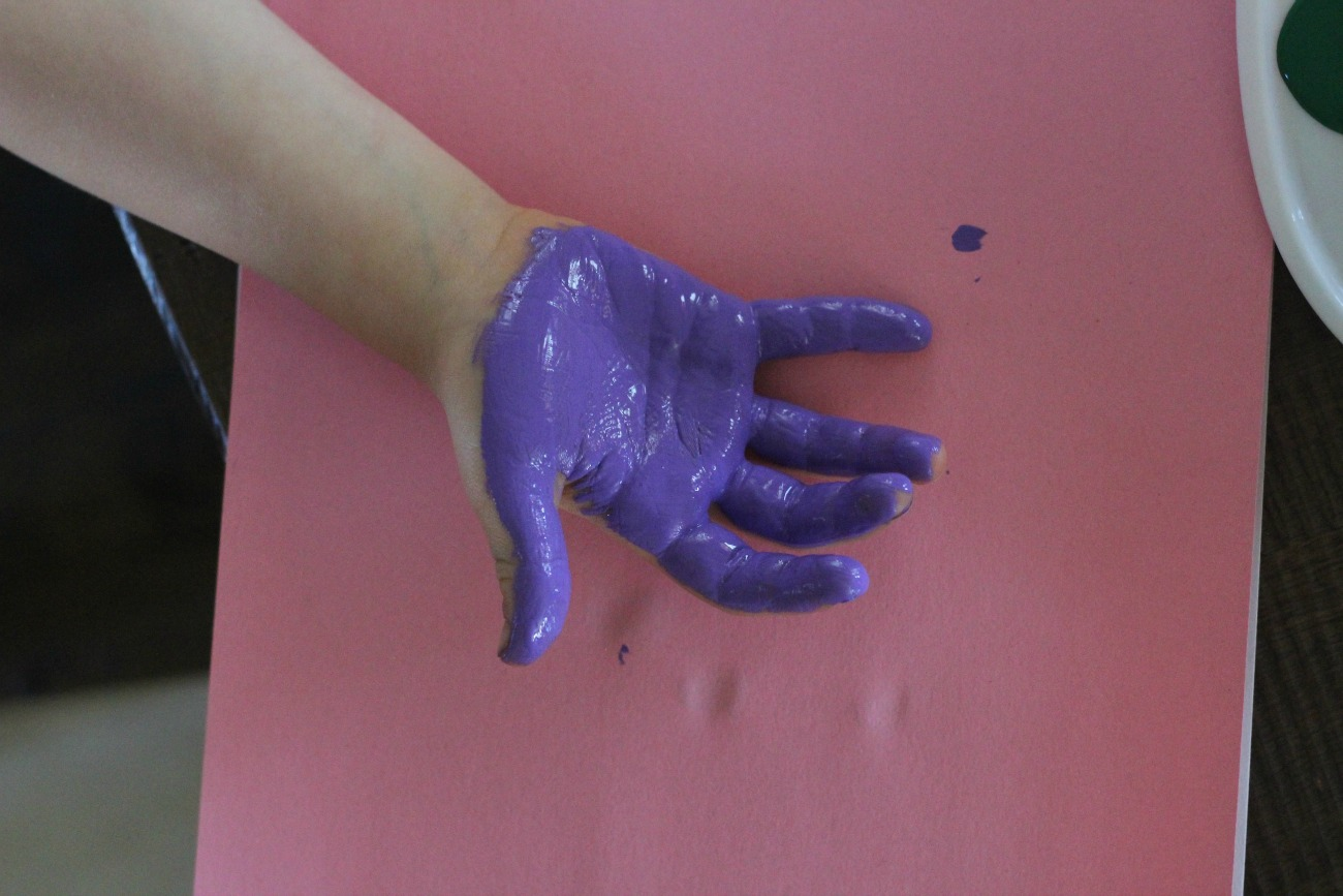 painting hand